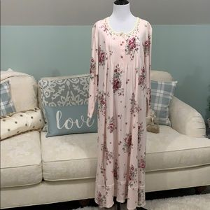 Aria Pink Floral Nightgown
